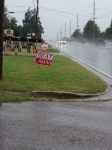 A rainy Saturday morning along East Lamar Alexander Parkway where the Beat Lamar was held.