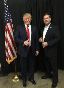 Mr. Trump and Former Knox County Sheriff Tim Hutchison.