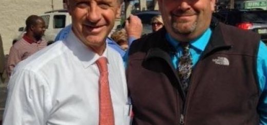 Gov. Haslam and I outside the Handee Burger in Kingston, TN in October 2012.
