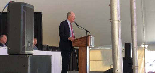 Senator Lamar Alexander speaking at the TN Valley Fair Government and Business Leaders Lunch on 9/6/2019