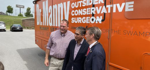 Sethi with Knox County Mayor Glenn Jacobs and Congressman Tim Burchett